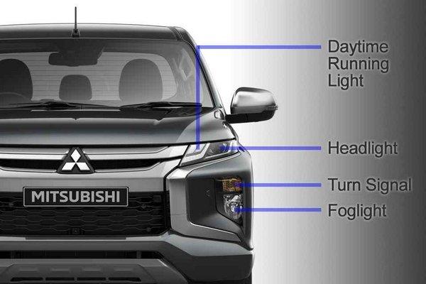 Mitsubishi Strada 2019 front end