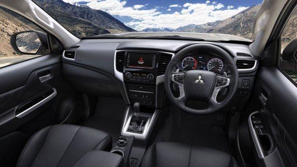 Mitsubishi Strada 2019 inside