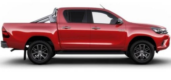 toyota hilux 2019 side view