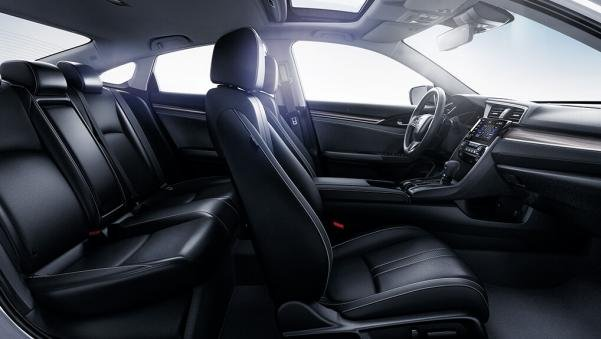 Honda Civic 2019 seats