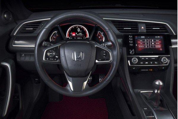 Honda Civic 2019 dashboard area