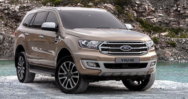 Ford Everest 2019 angular front