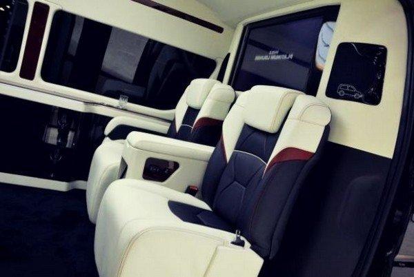 Toyota Hiace 2019 seats
