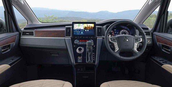 Mitsubishi Delica D:5 2019 dashboard