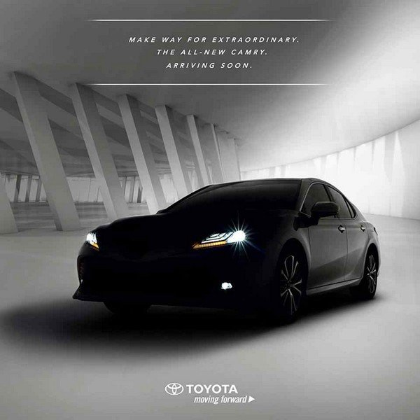Toyota Camry 2019 poster