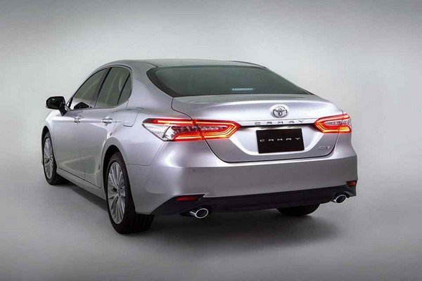Toyota Camry 2019 Rear look