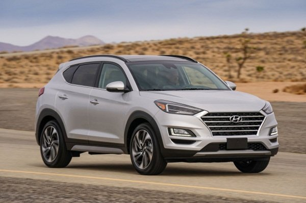 Hyundai Tucson 2020 on the road