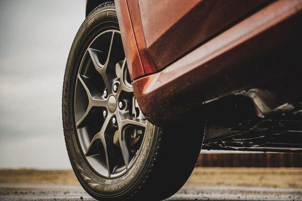 Jeep Grand Cherokee 2019 wheel