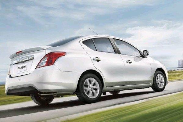 Nissan Almera angular rear