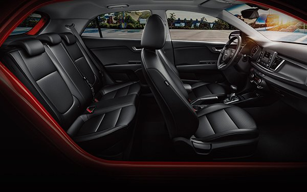 An inside view of the Kia Rio 2019 Hatchback
