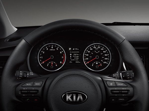A close view of the new Kia Rio 2019 hatchback's steering wheel