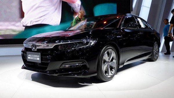 Honda Accord 2019 angular front