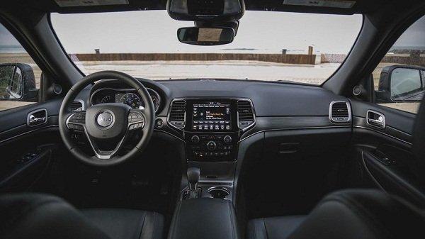 Jeep Grand Cherokee 2019 interior