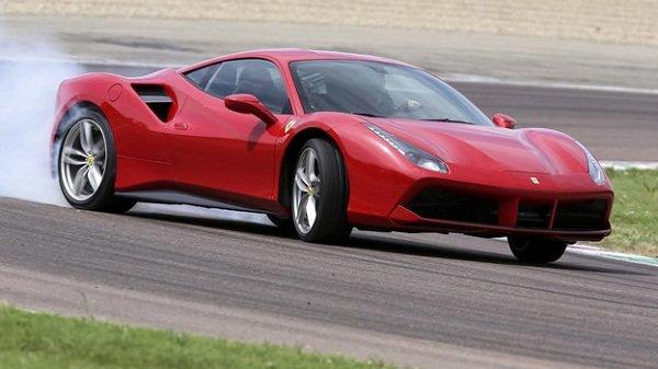 Ferrari V8 hybrid powertrain