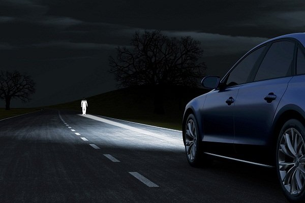 car safety features: Adaptive headlights