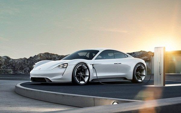 Porsche Taycan EV 2020: An Electric motor