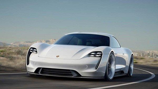 Porsche Taycan EV 2020: front view