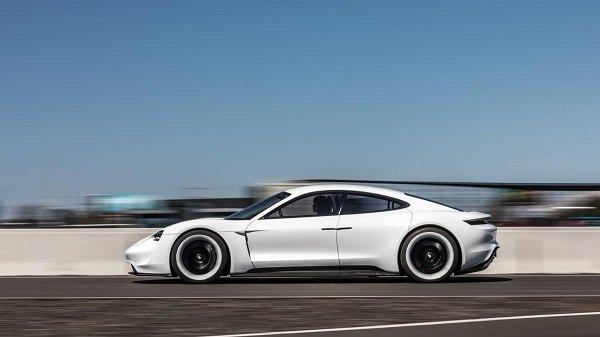 Porsche Taycan EV 2020:High performance
