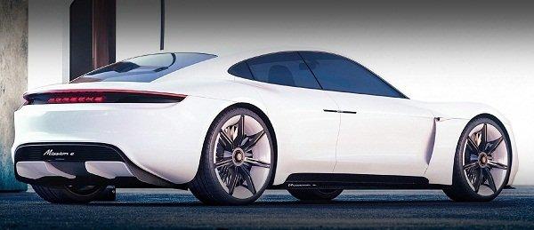 Porsche Taycan EV 2020:rear view