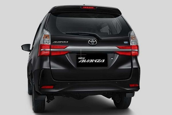 A shot of the rear of the 2019 Toyota Avanza