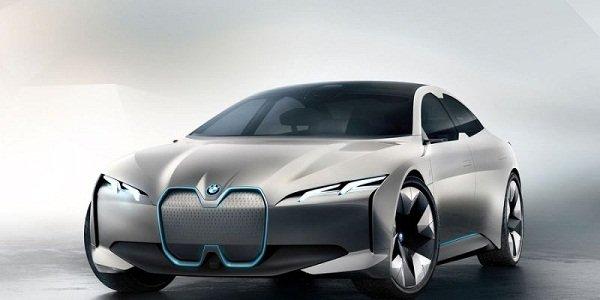 BMW i4 EV front look