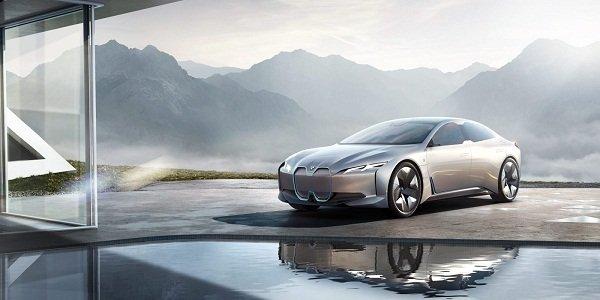 BMW i4 EV the look