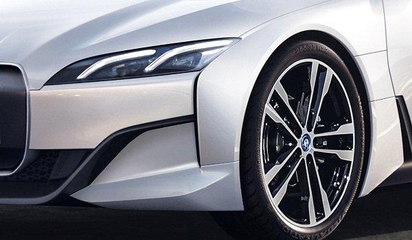 BMW i4 EV wheel