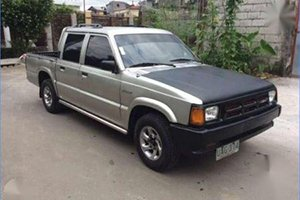 Mazda B2200 1990 - 1992