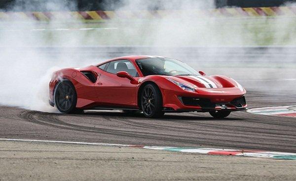 Ferrari 488 Pista Spider safety