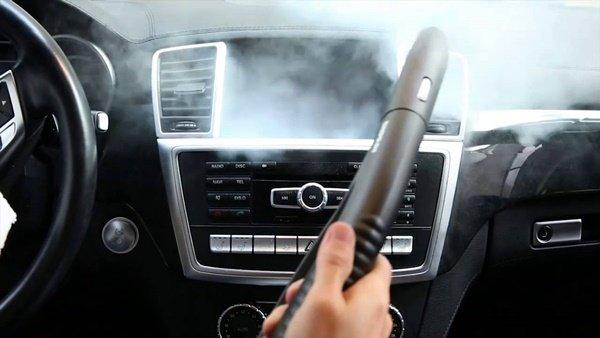Cleaning car dashboard