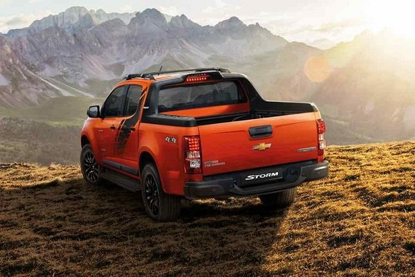 Chevrolet Colorado High Country Storm 2019 rear view