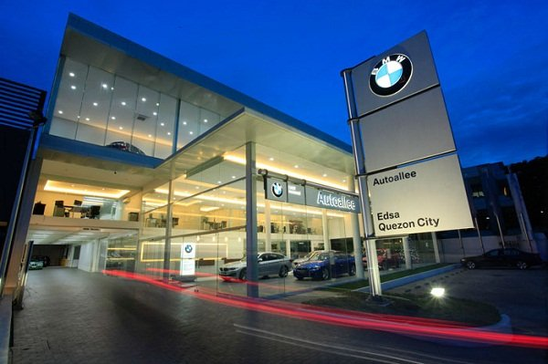A picture of a BMW dealership
