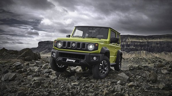 A picture of a suzuki Jimny 2019 on very rough terrain