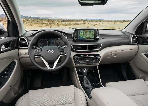 A picture of the Hyundai Tucson 2019 dashboard