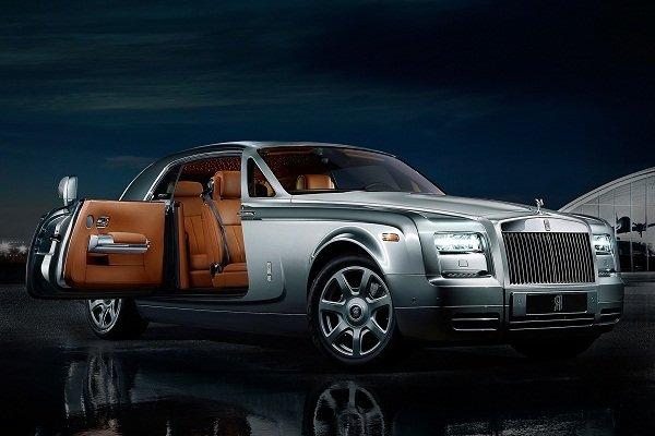 Rolls-Royce interior look