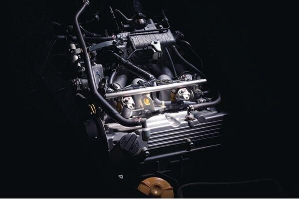 Powering the Suzuki APV is Suzuki's aging G16A engine, a 1.6 liter Single over-head cam engine