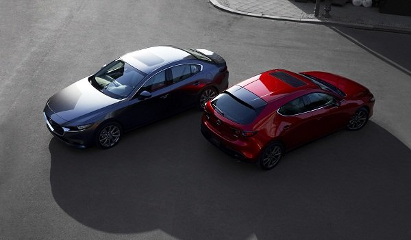A picture of the 2020 Mazda sedan and sportback version side by side