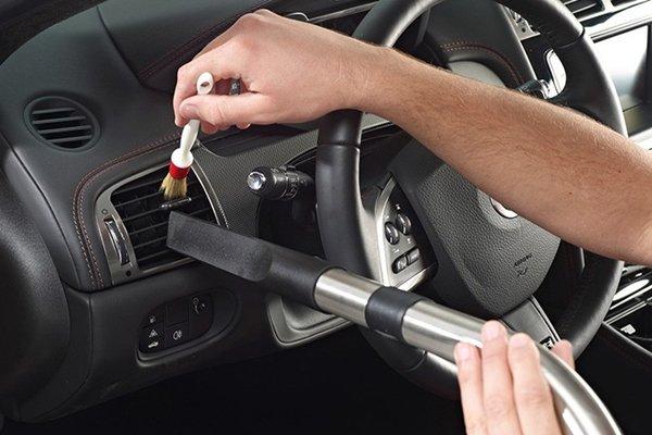 Using a vacuum in car