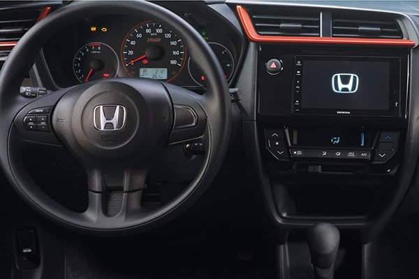 A picture of the Honda Bro 2019 steering wheel and dashboard