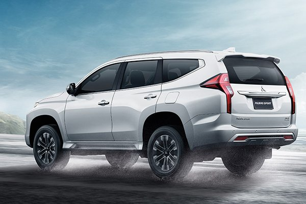 A picture of the rear of the 2019 Mitsubishi Montero Sport
