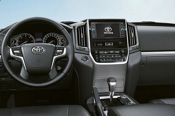 Toyota Rush 2019 front cabin