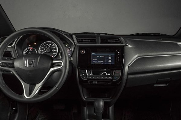 A picture of the front cabin of the 2019 Honda BR-V