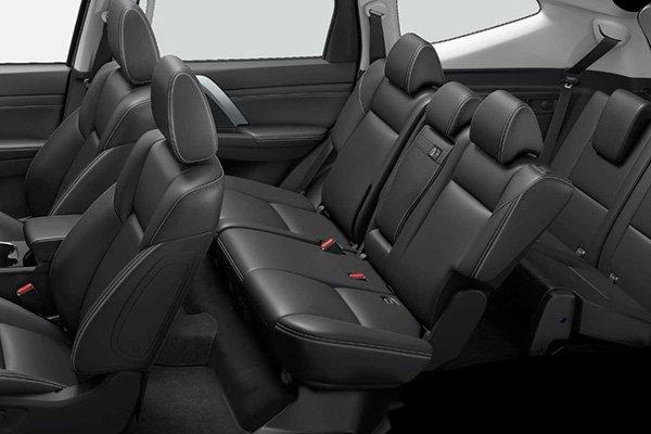 2020 Mitsubishi Montero Sport passenger seat