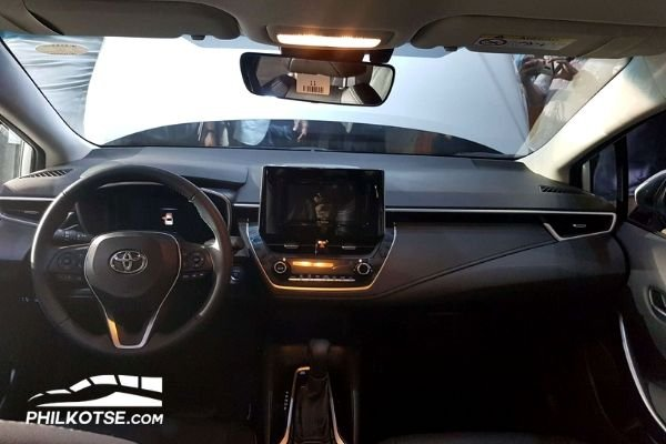 2020 Toyota Corolla Altis interior