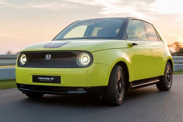 a green Honda E