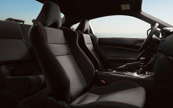 Subaru BRZ 2020 cabin