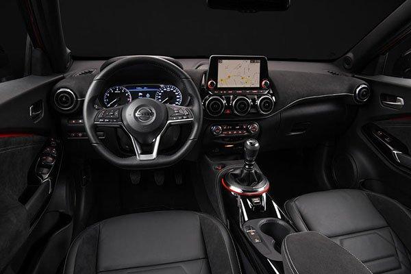 2020 Nissan Juke dashboard