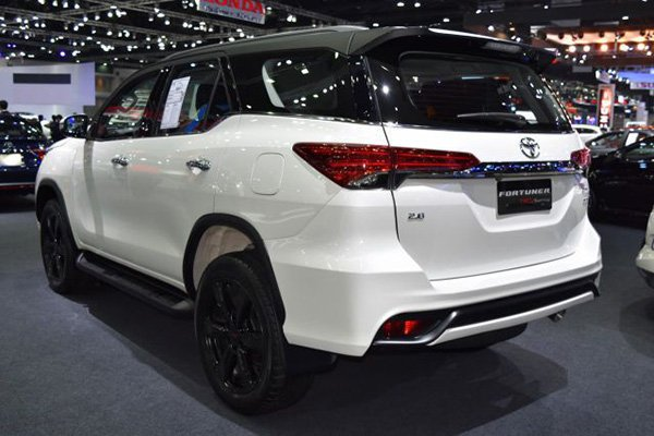 A picture of the 2019 Toyota Fortuner TRD Sportivo