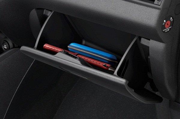 Suzuki Swfit 2020 interior 1