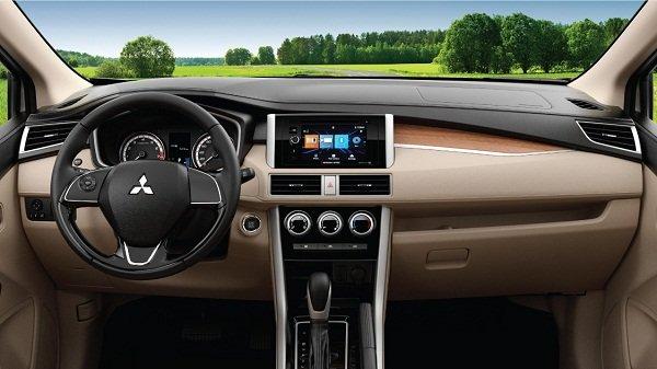 2019 Mitsubishi Xpander interior